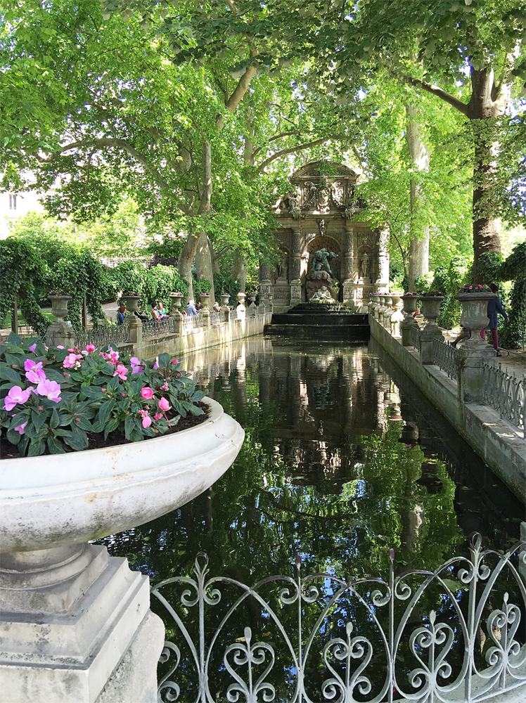 And, the Fountaine di Medicis just off the palace is always a tranquil stop along our walks.